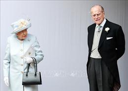 Phu quân của Nữ hoàng Anh nhập viện