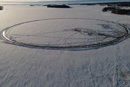 Đĩa băng xoay nhân tạo lớn nhất thế giới ở Phần Lan
