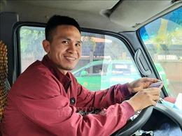 Hội Chữ thập đỏ Việt Nam trao bằng khen cho anh Nguyễn Ngọc Mạnh