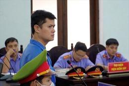 Xử phạt bác sĩ hiếp dâm nữ điều dưỡng viên 6 năm 8 tháng tù giam
