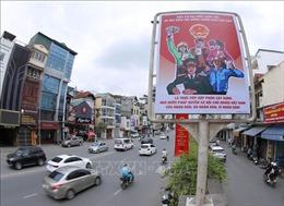Phố phường Thủ đô 'khoác áo mới'đón Ngày hội lớn