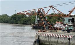 Vụ tàu ALICA bị nghiêng: Đã trục vớt được 8 container
