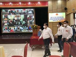 Bí thư Thành ủy Hà Nội Đinh Tiến Dũng kiểm tra công tác bầu cử tại các quận trung tâm