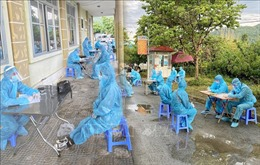 Điện Biên: Tiếp nhận 38 công dân nhập cảnh trái phép, đưa đi cách ly y tế