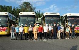 Lào Cai đón 173 lao động từ Bắc Giang vềcách ly