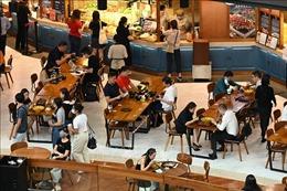 Singapore siết chặt các biện pháp hạn chế