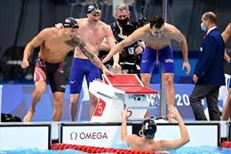 Mỹ giành HCV nội dung 4x100m bơi tự do đồng đội nam