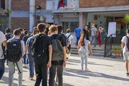 Italy khai giảng năm học với các quy định mới về thẻ xanh