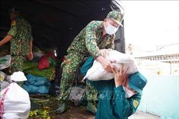 Sớm đưa gạo hỗ trợ đến người lao động khó khăn ở Tiền Giang