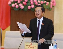 Trao Huân chương Hữu nghị tặng Chủ tịch Nhóm Nghị sỹ hữu nghị Hàn Quốc - Việt Nam Kim Hak Yong