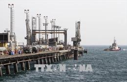 Ấn Độ ngừng hoàn toàn việc nhập khẩu dầu mỏ từ Iran