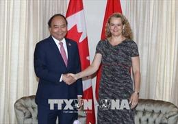 Điện mừng 45 năm thiết lập quan hệ ngoại giao Việt Nam - Canada
