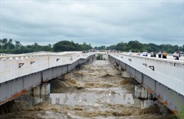Vỡ đê tại Myanmar gây lụt lội nghiêm trọng