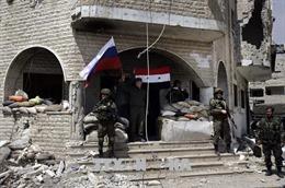 Nhóm nổi dậy đầu tiên rút khỏi khu phi quân sự ở miền Bắc Syria