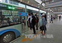 Buýt nhanh BRT bắt đầu sử dụng vé điện tử