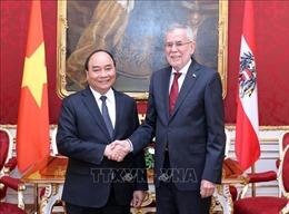 Thủ tướng Nguyễn Xuân Phúc chào xã giao Tổng thống Cộng hòa Áo