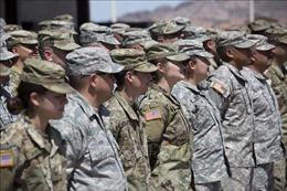 Quân đội Mỹ chuyển rào chắn tới biên giới Mexico