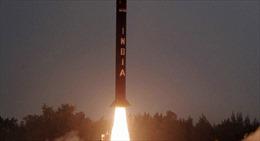 Ấn Độ thử thành công tên lửa Agni-I vào ban đêm