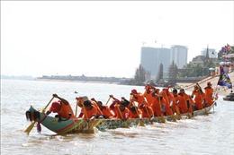 Campuchia tưng bừng tổ chức lễ hội lớn nhất trong năm