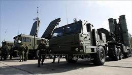 Giữa căng thẳng với Ukraine, Nga triển khai hệ thống tên lửa S-400 tại Crimea