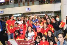Người hâm mộ tại Malaysia nồng nhiệt đón đội tuyển Việt Nam