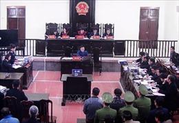 Ngày cuối của phần tranh tụng xét xử vụ sự cố y khoa tại Bệnh viện Đa khoa tỉnh Hòa Bình