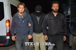 Thổ Nhĩ Kỳ tiếp tục bắt giữ hàng trăm nghi can có liên quan tới giáo sĩ Gulen