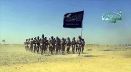 150 tay súng IS đầu hàng ở miền Đông Syria