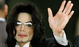 Nhạc của Michael Jackson bị nhiều đài phát thanh Canada tẩy chay do cáo buộc lạm dụng tình dục