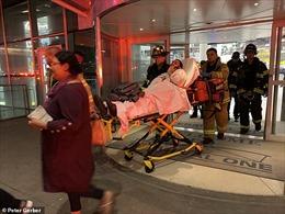 Khoảng 30 hành khách bị thương do máy bay rơi vào vùng nhiễu động không khí