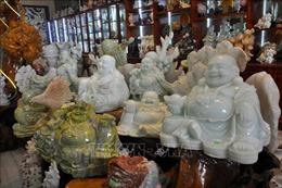 Độc đáo nghề chế tác đá mỹ nghệ ở Lục Yên