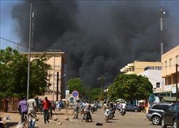 Tấn công khủng bố tại Burkina Faso, khoảng 60 người dân thiệt mạng