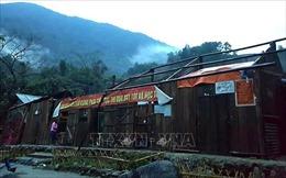 Mưa to kèm dông lốc cuốn tốc gần 200 mái nhà tại Bắc Kạn, Lai Châu