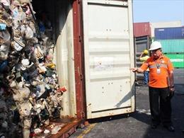 Canada đề xuất 'hồi hương' các container rác thải từ Philippines
