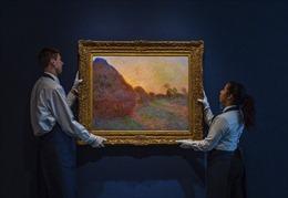 Bức họa 'Đống rơm' của Claude Monet được bán với giá kỷ lục 110,7 triệu USD
