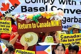 Canada chi gần 1 triệu USD để đưa 69 container rác từ Philippines về nước