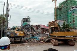 Sập tòa nhà 7 tầng ở Campuchia, hàng chục người bị vùi lấp