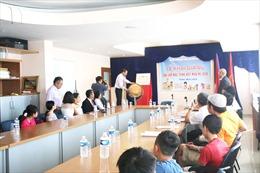 Tiếng Việt - Sợi dây gắn kết thế hệ trẻ người Việt xa quê hương