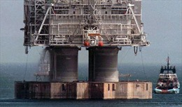 Gần 12.000 lít dầu từ giàn khoan tràn ra Đại Tây Dương