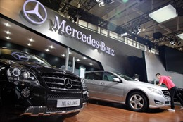 Mercedes-Benz thu hồi hàng trăm ô tô do bộ xúc tác khí thải bị lỗi