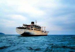 Tai nạn tàu thủy tại Indonesia và Trung Quốc