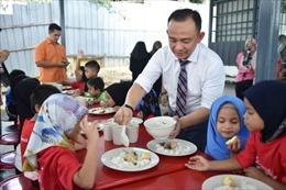 Học sinh tiểu học Malaysia được ăn sáng miễn phí từ năm 2020
