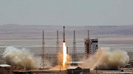 Mỹ trừng phạt ngành hàng không vũ trụ Iran