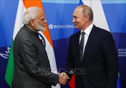 Nga chào hàng kỹ thuật cho Ấn Độ tại Diễn đàn kinh tế phương Đông