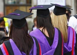 Sinh viên quốc tế được ở lại Anh tìm việc trong tối đa 2 năm