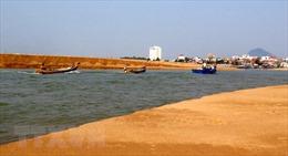 Cà Mau đầu tư hàng chục tỷ đồng để nạo vét, cửa biển Khánh Hội vẫn bị bồi lấp