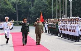 Tổng Tham mưu trưởng Bộ các Lực lượng vũ trang Cuba thăm chính thức Việt Nam