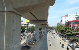 Phân luồng giao thông để lắp thang máy đường sắt Nhổn - Ga Hà Nội