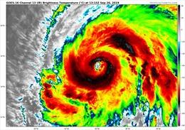 Siêu bão Lorenzo xuất hiện ở khu vực trung tâm Đại Tây Dương