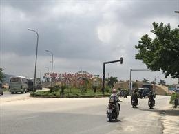 Bãi trữ cát khổng lồ không phép 'án ngữ' cửa ngõ TP Quảng Ngãi